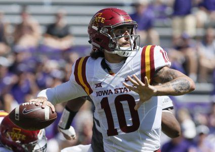 Sep 17, 2016; Fort Worth, TX, USA; Iowa State Cyclones quarterback Jacob Park (10) throws a pass in the second quarter against the TCU Horned Frogs at Amon G. Carter Stadium. Mandatory Credit: Tim Heitman-USA TODAY Sports