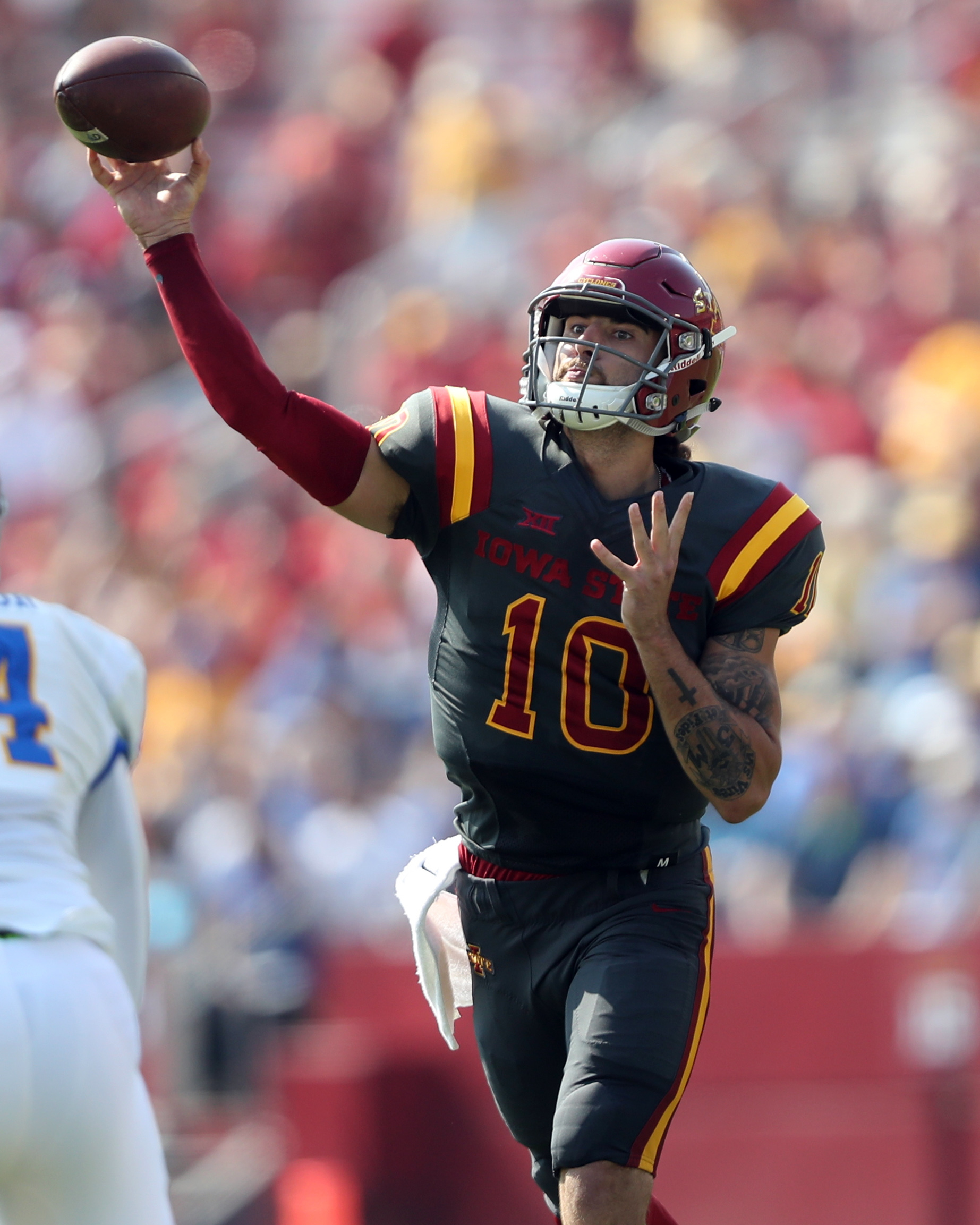 Sep 24, 2016; Ames, IA, USA; Iowa State Cyclones quarterback Jacob Park (10) throws a pass against the San Jose State Spartans at Jack Trice Stadium. Mandatory Credit: Reese Strickland-USA TODAY Sports