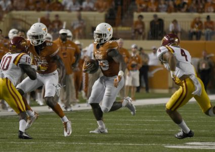 Oct 15, 2016; Austin, TX, USA; Texas Longhorns running back D'Onta Foreman (33) runs the ball against the Iowa State Cyclones during the second quarter at Darrell K Royal-Texas Memorial Stadium. Mandatory Credit: Brendan Maloney-USA TODAY Sports