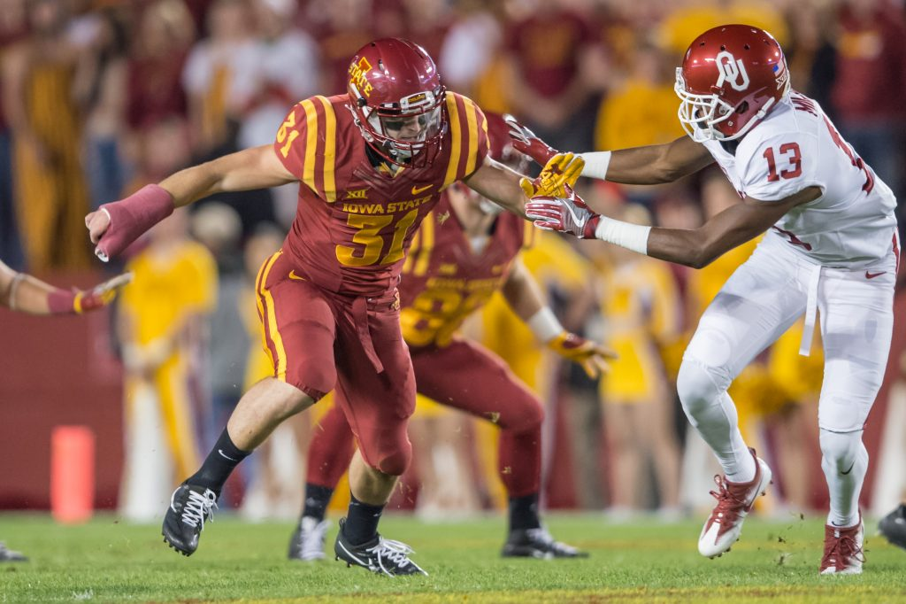 ISU linebacker Josh Jahlas in action. (Photo courtesy ISU Athletics Communications).