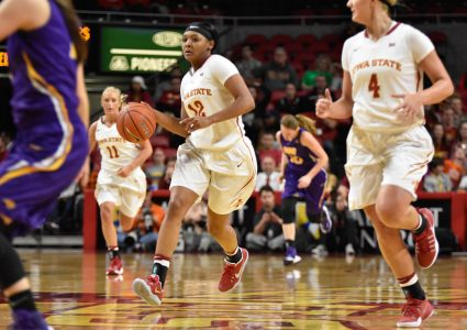 Senior guard Seanna Johnson runs down the court at the home game against UNI on Nov. 15. Johnson made 15 points at the game. ISU won 76-68. Credit: Lani Tons