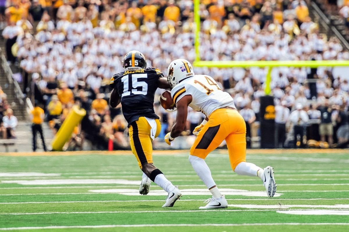 Know The Opponent Iowa Defense Prepared For Iowa State Passing