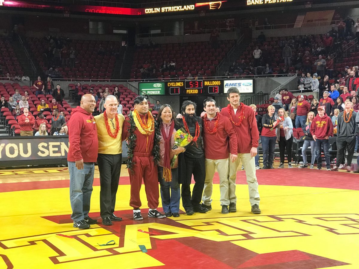 WRESTLING: Senior Night ends with a win – CycloneFanatic com