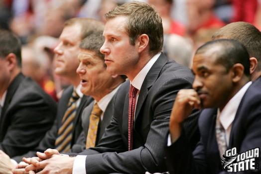 Fred Hoiberg Bench vs Col 20111 524x350