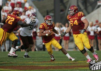 lg Jared Barnett runs vs TAm 2011