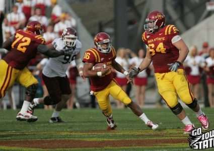 lg Jared Barnett runs vs TAm 20111